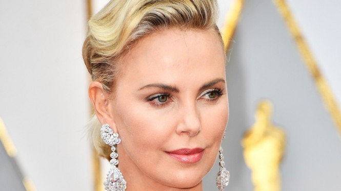 charlize-theron-make-oscar-2017