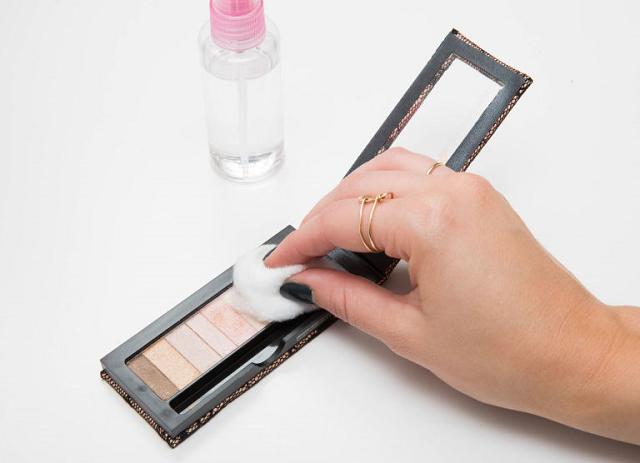 truques para usar cosméticos até o fim
