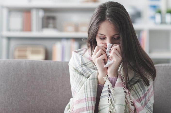 diferenças entre gripes e resfriados