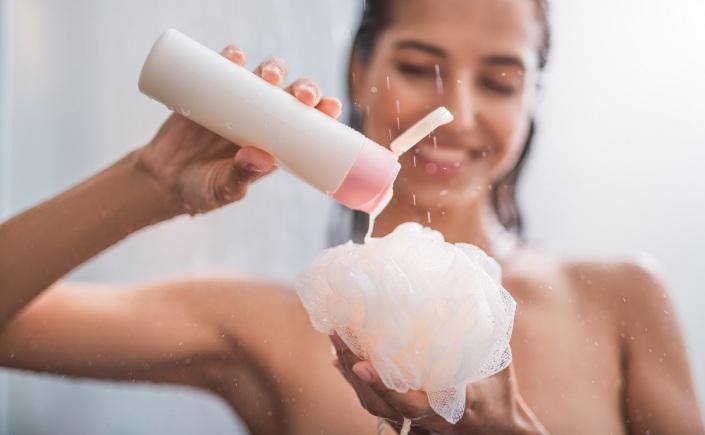 vantagens de trocar o sabonete em barra pelo líquido