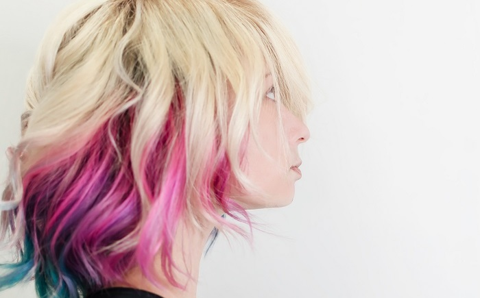mechas coloridas no cabelo ideias para inspirar